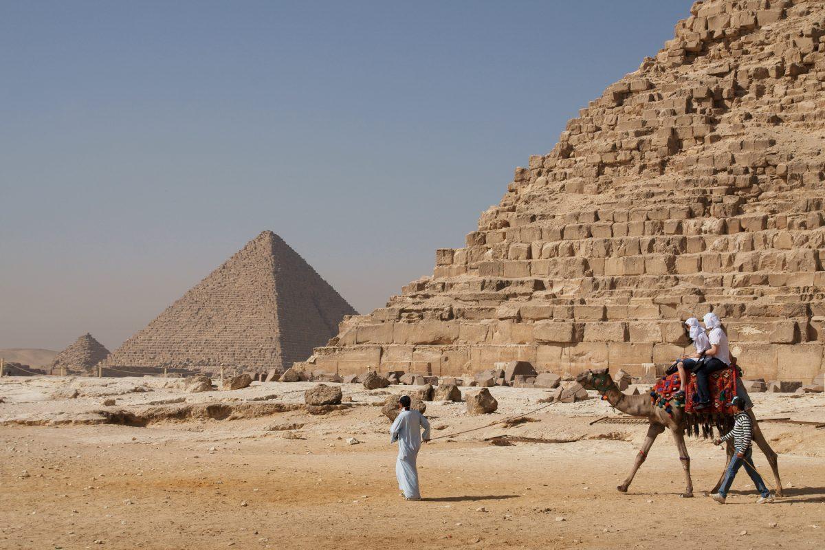 plimbare pe camila in Egipt