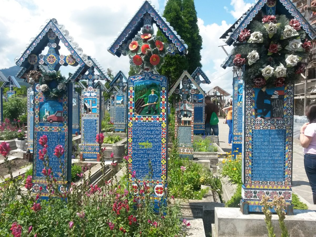Cimitirul Vesel de la Sapanta. Jurnal de calatorie.