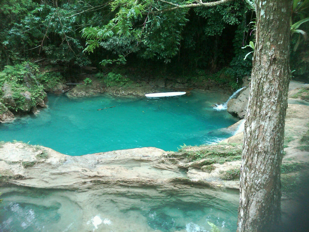 Groapa Albastra, locuri speciale unde sa inoti, piscine naturale
