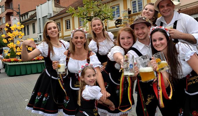 festival in Blumenau, obiective turistice Brazilia