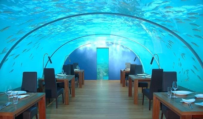 Restaurant subacvatic in Maldive, restaurante ciudate din lume