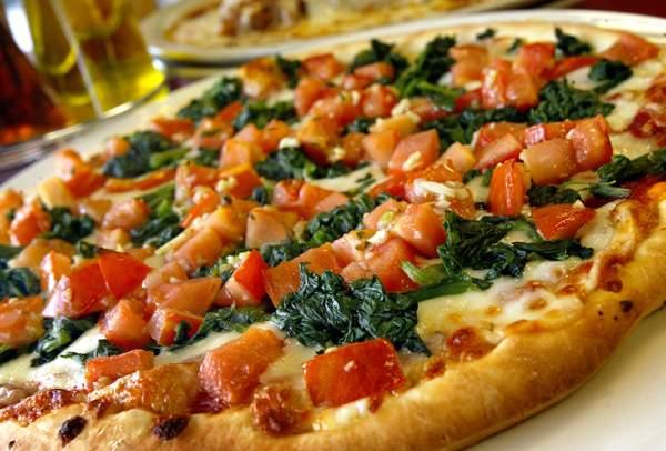 pizza, destinatie culinara Italia