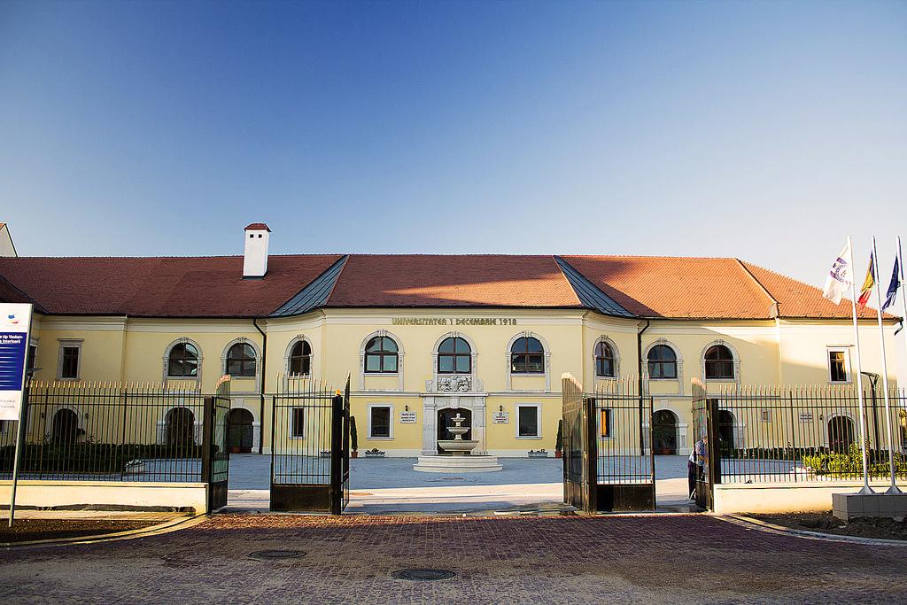 Palatul Apor