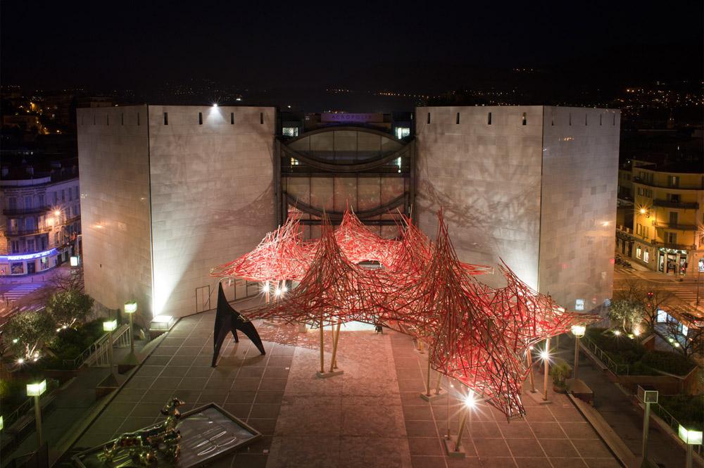 Muzeul de Arta Moderna si Contemporana, obiective turistice Nisa