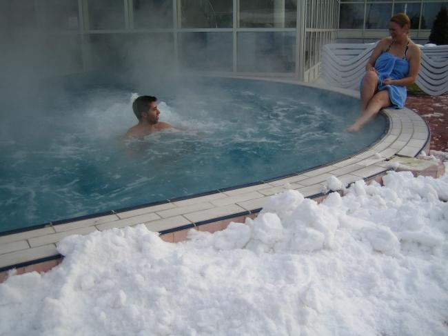 apa termala, ce sa faci in Romania iarna