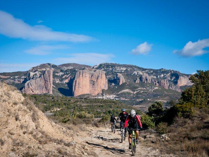 ciclism in Pirinei, destinatii europene pentru aventurieri