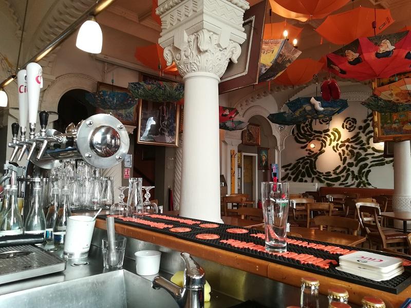 bar centru vechi