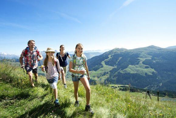 Cum sa te pregatesti pentru o drumetie pe munte