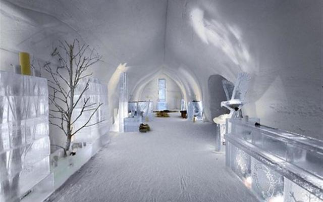 hotel gheata, ce sa faci in Romania iarna