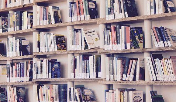 10 sfaturi ca sa citesti mai multe carti anul acesta