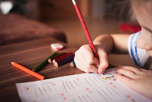 4 modalitati prin care profesorii pot stimula potentialul creativ al elevilor