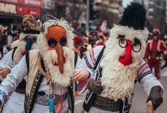 Sărbătorile de iarnă: Tradiții și obiceiuri ce oferă un farmec aparte acestor zile