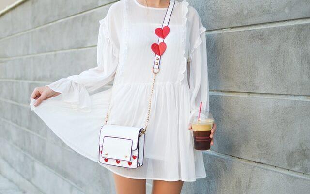 5 trucuri pentru a accesoriza o rochie de vara
