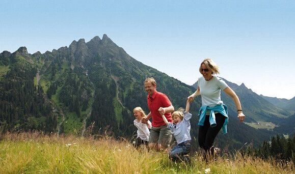 Activitati montane pentru familiile cu copii