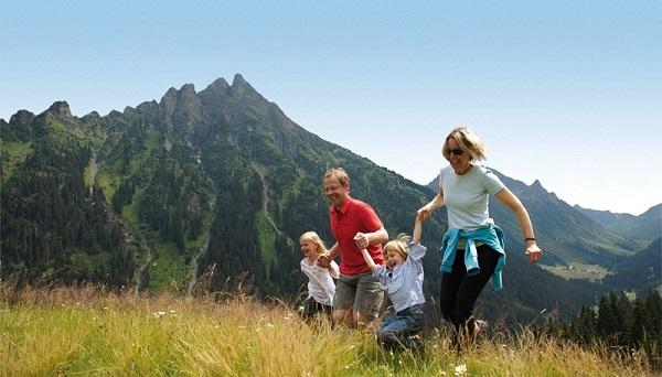 activitati-la-munte-pentru-familii